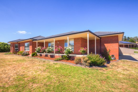 30 Harrier Drive INVERMAY PARK
