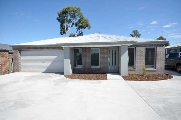 Unit 1/lot 2-1328 Geelong  Road MOUNT CLEAR