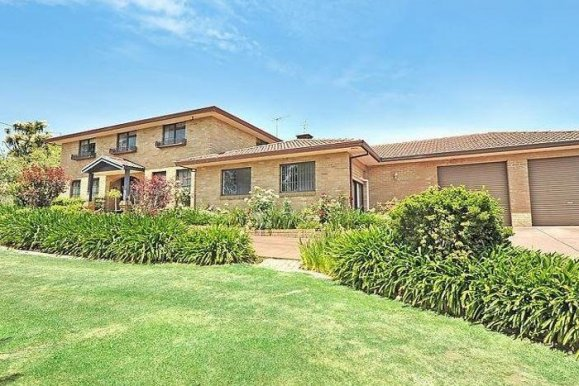 115 Walker Street BLACK HILL