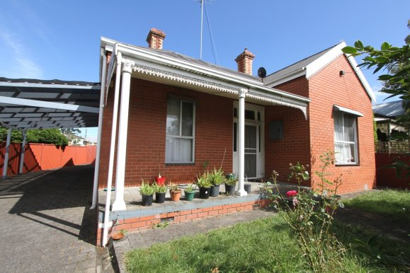 403 Drummond Street North BALLARAT CENTRAL